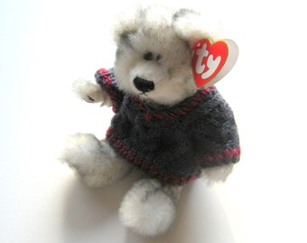 Fairbanks and Skylar Dexter 3 collectible Ty Beanie Bears in clothing