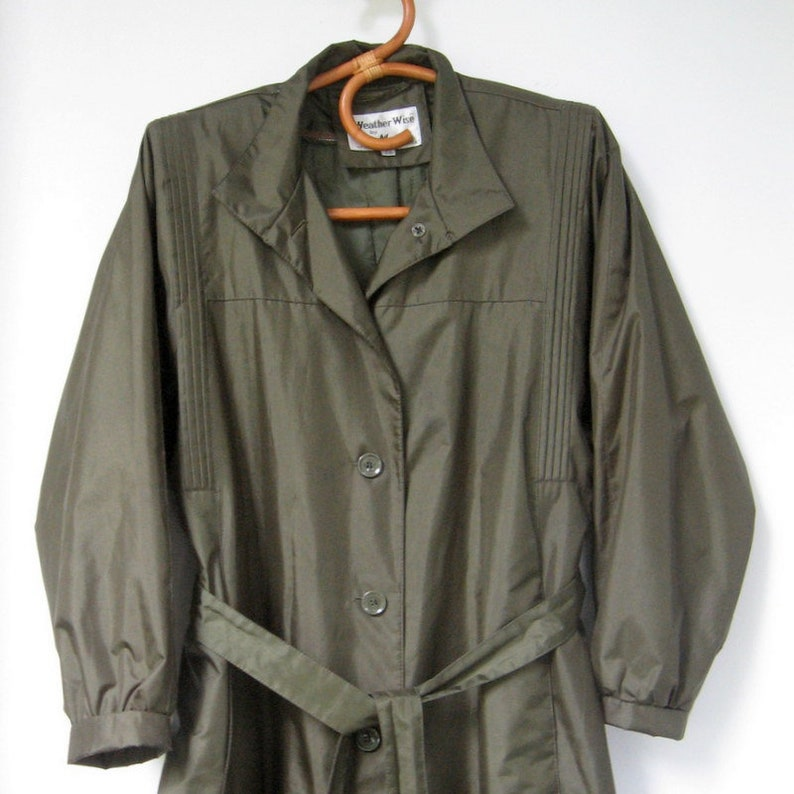 1ac2b2988ce Vintage Weather Wise Women s Trench Coat Removeable