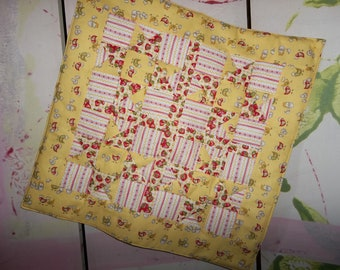 QUILTED TABLE RUNNER with Chickens, Eggs, and Strawberries....Yellows and Red and White.....Cute Design....Square Table Mat