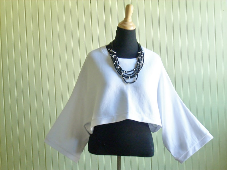 XL Cropped Pullover Shrug/Cropped Over sized Top/ White/Plus image 0