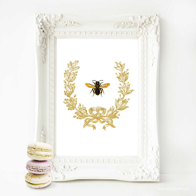 Bee in a gold acorn wreath French art print vintage home image 0