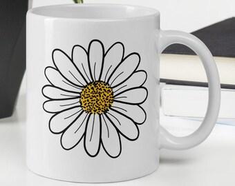 Daisy Mug, Flower Coffee Mug, Floral Mug, Cute Coffee Mug, Daisy Lover Gift, Ceramic Mug, Hand Drawn Mug, Plant Mug, Tea Mug, Gardening Gift
