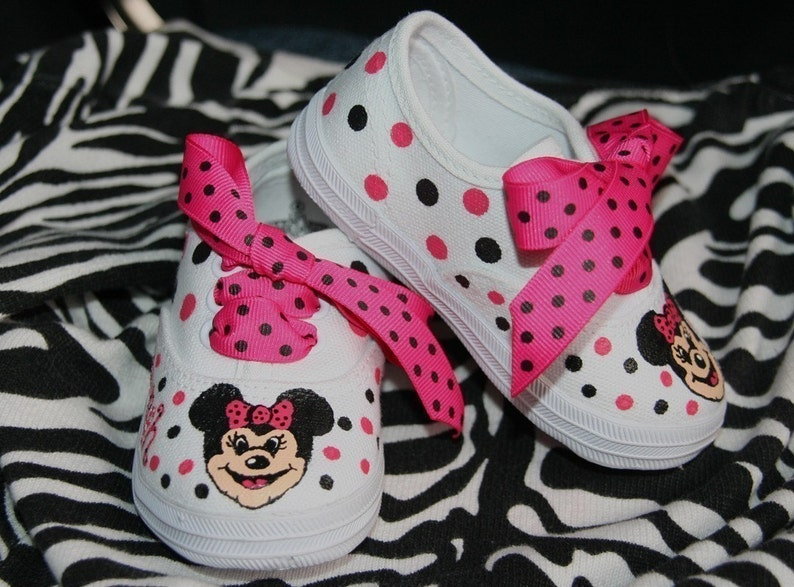 d1cd476523a Girl s Custom Painted MINNIE MOUSE Inspired Tennis Shoes