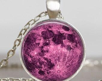 Collar Luna magenta, joyas de luna llena, colgante Luna, colgante lunar, Luna joyería, colgante de espacio