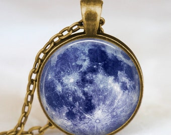 Collar de luna azul, luna llena joyas, colgante Luna, colgante lunar, joyería Luna, colgante de espacio