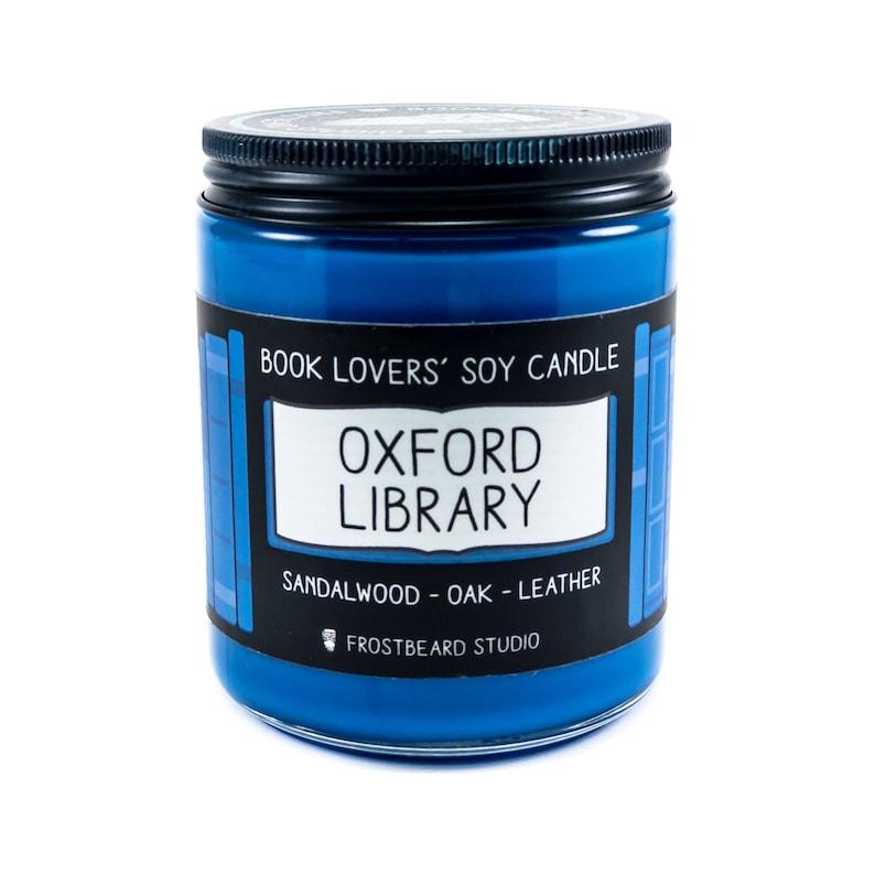 Oxford bibliotheek  8oz kaars  soja kaars  boek kaars  image 0