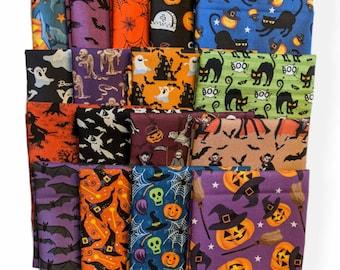 Halloween Fabric 17 Piece Fat Quarter Bundle Quilting Sewing Crafts