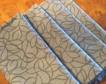 Set of 4 Gray Mod Leaf Cotton Cloth Napkins