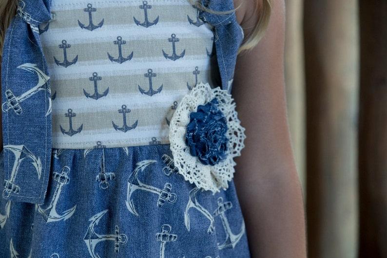 Girls sizes  2-3-4-5-6-7-8-10 vintage crochet lace linen beige /& denim anchors The Suzy-Q Knot Tunic and Bella Capri pant set