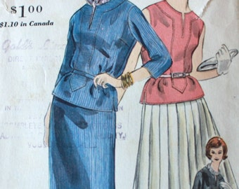 """1960s Vogue Sewing Pattern / Vogue 5148 / 1960s Blouse & Pleated Skirt Set / Bust 32"""""""