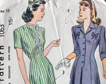 "1940s Sewing Pattern / 1940s Dress Pattern / Simplicity 1063 / Bust 31"" Waist 25.5"""