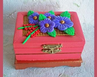 Trinket Box, Jewelry Holder, Floral Design, Wood Keepsake Box, Unique Gift, Polymer Clay Flowers, Jewelry Organizer, Wood Box, Wedding Gift