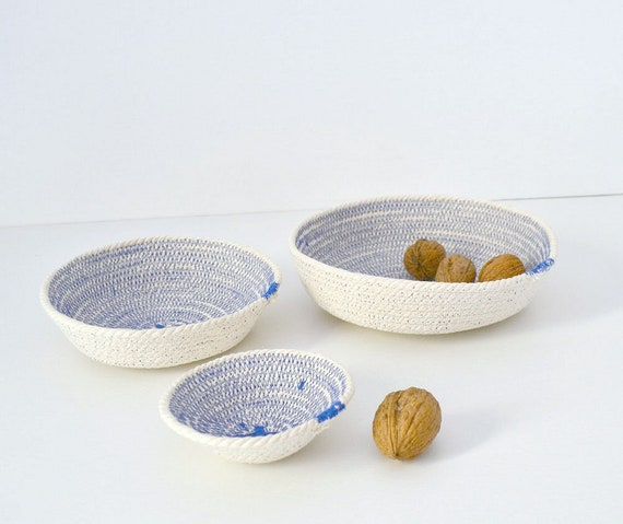 Rope bowls set made of cotton in Mediterranean blue. // Coiled cotton bowls , Mediterranean decor Keys holder, Cotton basket Wedding gifts