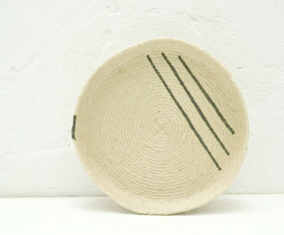 Jute rope coffee tabletop tray. Kitchen decor basket for a boho decor. Modern basketry tray or centrepiece bowl