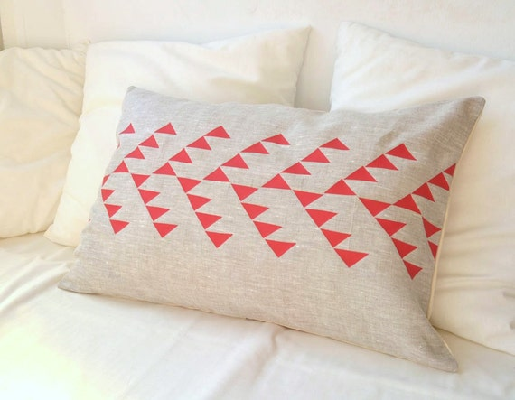 Red triangles pillow, Geometric design, Dorm bedding, Tribal pattern pillow, Arrow pillow design, Geometric pillow, Printed throw pillow