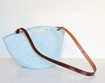 Basket summer bag for women or men- A great bag to go to the market, the beach or the pool - Rope beach bag.