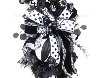 Large Black and White Halloween swag, Witch Wreath swag, Witches Hat Broom and boots, Teardrop Fall Wreath, Pumpkin Swag, Halloween Decor
