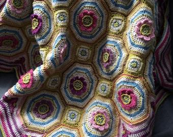 Crochet lap blanket pattern, baby blanket pattern, floral motif in vintage colours, embroidery
