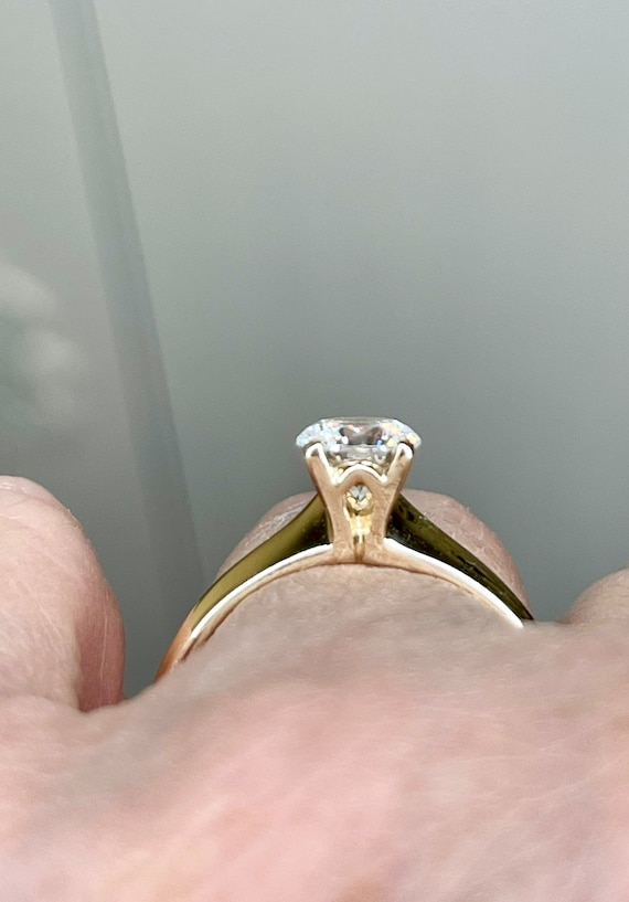 14K Solid Gold Round Cut Solitaire Engagement Rin… - image 5