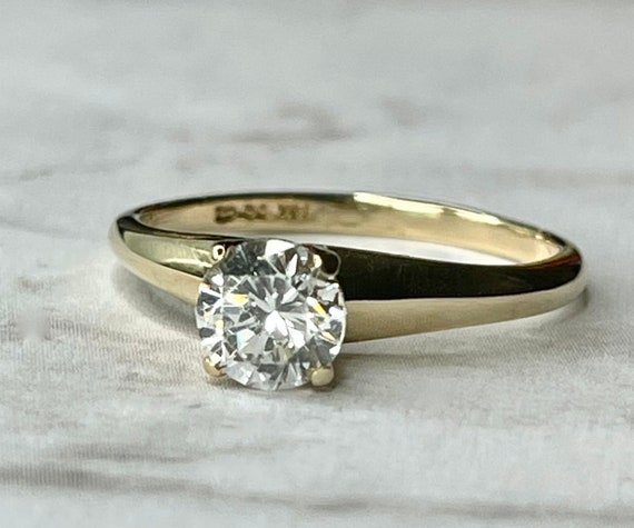 14K Solid Gold Round Cut Solitaire Engagement Rin… - image 1