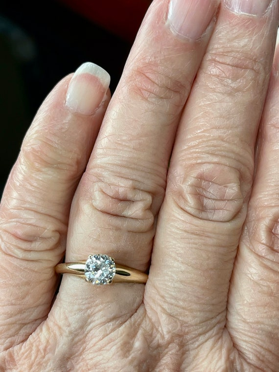 14K Solid Gold Round Cut Solitaire Engagement Rin… - image 6