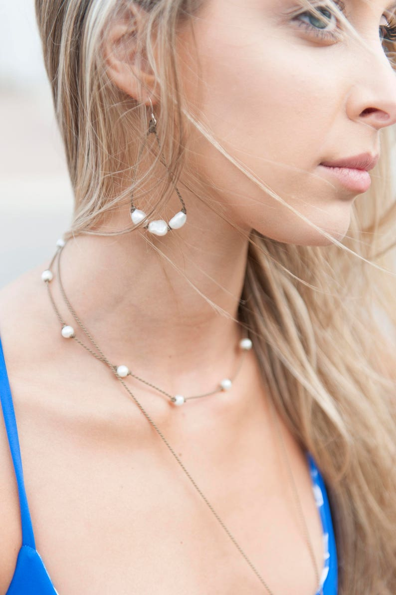 White Rice Pearl Princess Choker / knotted handspun ROPE / waterproof / life