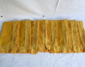 Vintage Cotton Napkins Mustard Yellow Flowered Lace Linen Napkins Retro 1970 Flower