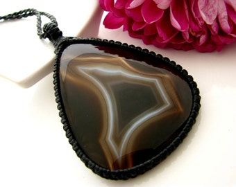 Sardonyx Necklace / Sardonyx jewelry / Classic jewelry / Black lover  / Macrame necklace / Healing Stones and crystals / Christmas gift