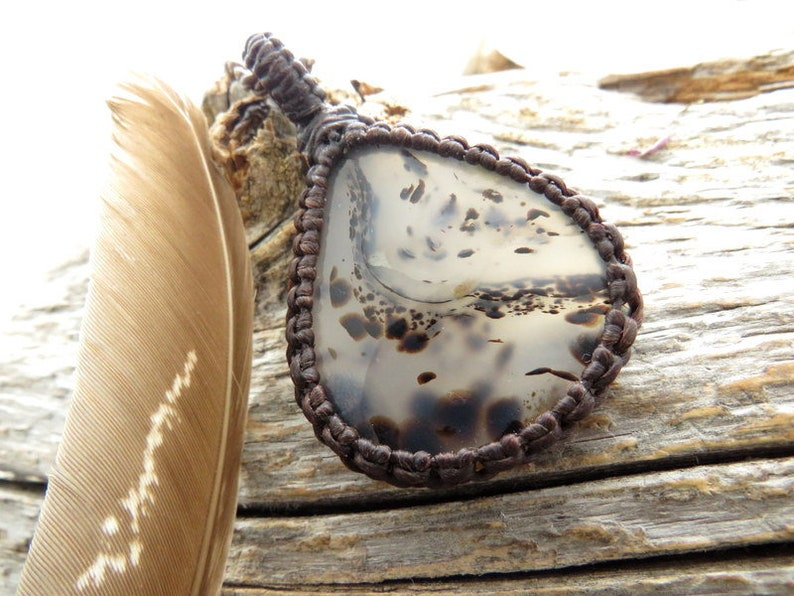 Gorgeous Montana Agate necklace  Montana Agate pendant Agate Necklace  Gift for her  Gift for boyfriend  Healing crystals and gemstones