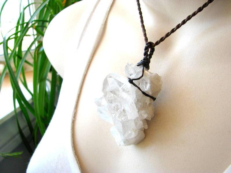 Raw Quartz macrame necklace Arkansas Quartz Raw crystal necklace Necklace for her Quartz necklace healing stone Raw crystal necklace