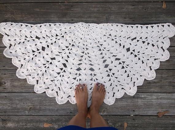 "Off White Cotton Crochet Rug in Half Circle 22"" x 44"" Non Skid"