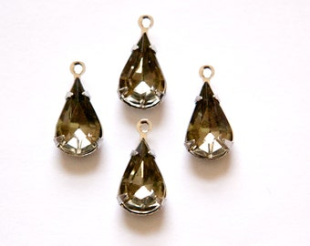 Vintage Black Diamond Faceted Glass Teardrop Stone 1 Loop Silver Setting par007A