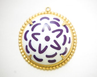 Pop Color Purple Flower Cab in Brass Earrings Findings or Pendant  (2) pnd165G