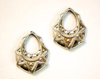 1 Hole Silver Plated Tribal Teardrop Charm Pendant Drop (6) mtl395C