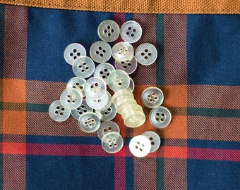 Vintage Pale Yellow Plastic Buttons 11mm btn015A