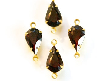 Vintage Garnet Glass Teardrop Stone 2 Loop Brass Setting par003AC2