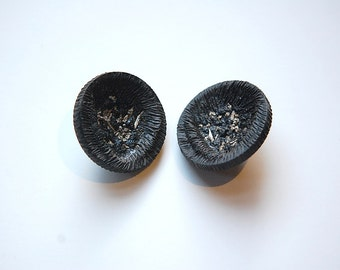 Vintage Faux Carved Wood Earthy Black Plastic Buttons btn028