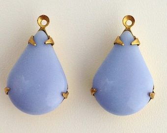 Vintage Light Blue Glass Teardrop Stones 1 Loop Brass Setting 18x12mm (2) par018A