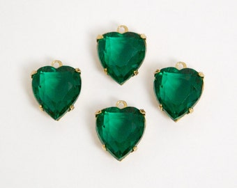Vintage Faceted Emerald Glass Heart Pendants in 1 Loop Brass Setting 12mm hrt005E