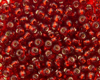 11/0 TOHO ROUND Silver Lined Ruby Seed Bead (8g)