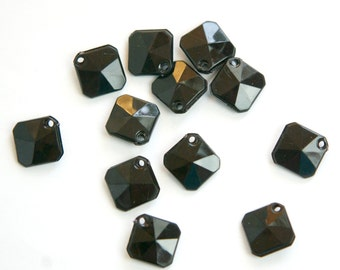 Vintage Acrylic Black Faceted Square Charms Pendant chr186B