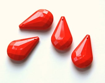 Vintage Acrylic Coral Red Faceted Prism Charm or Pendant bds379J