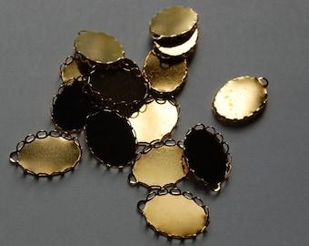 1 Loop Gold Plated Filigree Lace Edge Settings 18mm x 13mm (8) stn004N