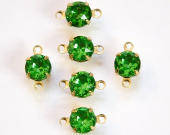 Vintage Faceted Light Emerald Glass Stone 2 Loop Brass Setting Drops 7mm (6) rnd001Q2