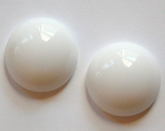 Vintage White Glass Cabochon 25mm Germany cab708G