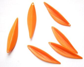 Vintage Bright Orange Leaf Pendants Drops Germany (8) pnd098