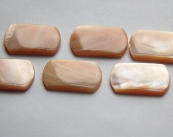 Vintage Beige Shell Rectangle Cabochons cab100