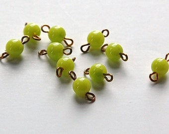 Vintage Lime Green Acrylic Bead Connector Drops drp096