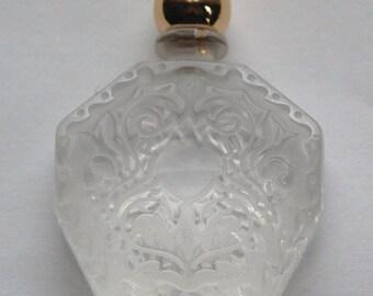 Vintage Miniature Clear Etched Faux  Perfume Bottle Pendant pnd114A