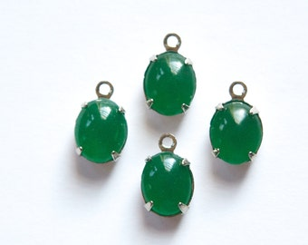 Vintage Opaque Jade Green Oval Stones 1 Loop Silver Plated Setting ovl006R